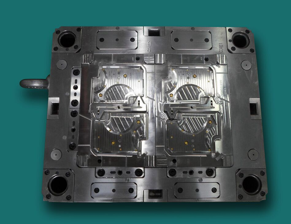 Automobile mould 2